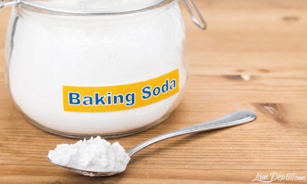 Hình ảnh: dùng baking soda để làm inox sáng bóng